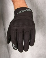 As_c-1_windstopper_glove_front
