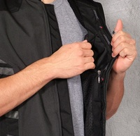 Jr_street_vest_document_pocket
