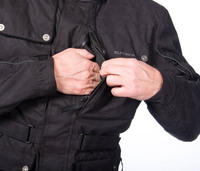 Vertical_chest_pocket