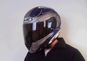 Ac-12_helmet