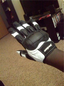 New_gear_gloves