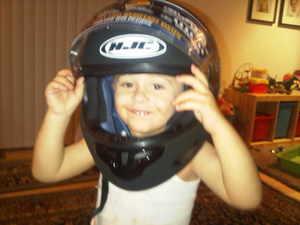 Amthony_helmet