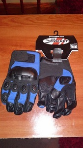Guantes_azules