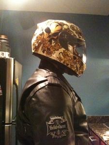 Pic_of_terror_helmet