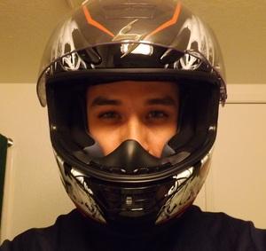 Helmet_pic