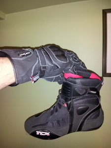 Tcx_boots_cortech_scarab_gloves