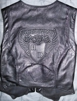 Harley_davidson_black_leather_womans_vest002