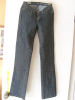 Shift_jeans_front