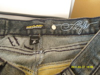 Shift_jeans_tag