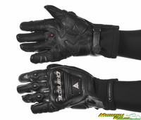 Steel_pro_in_gloves-1