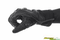 Steel_pro_in_gloves-2