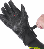 Steel_pro_in_gloves-8