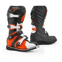 Forma_gravity_youth_boots_black_white_750x750