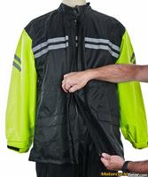 Tour_master_shield_two-piece_rainsuit-12