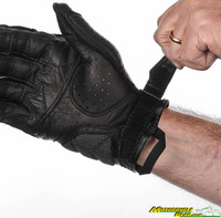 2018_induction_gloves-5