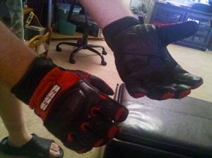 2011-07-11_gloves